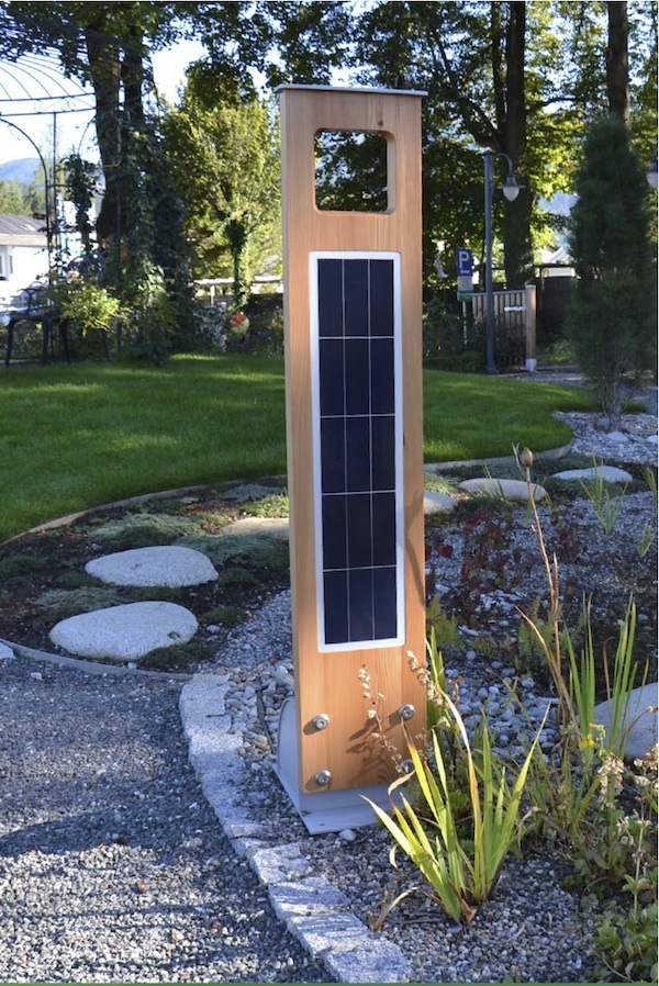 Le exterieur solaire puissante 28 images re d 233 for Borne eclairage exterieur solaire