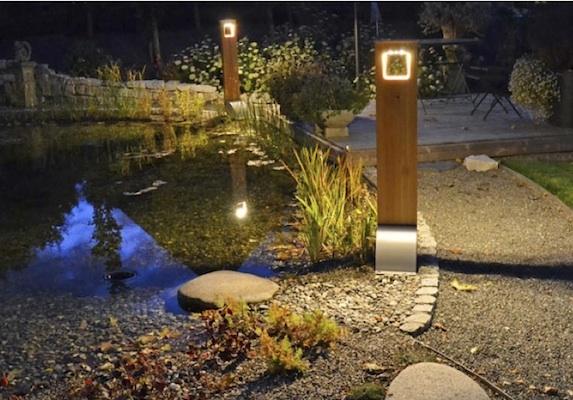 borne solaire puissante bois 204 lumens eclairage solaire puissant objetsolaire. Black Bedroom Furniture Sets. Home Design Ideas