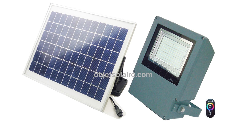 projecteur solaire puissant rgb t l commande projecteurs solaires objetsolaire. Black Bedroom Furniture Sets. Home Design Ideas