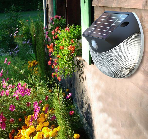 Applique solaire puissante d tecteur 200 lumens laury for Spot solaire 200 lumens