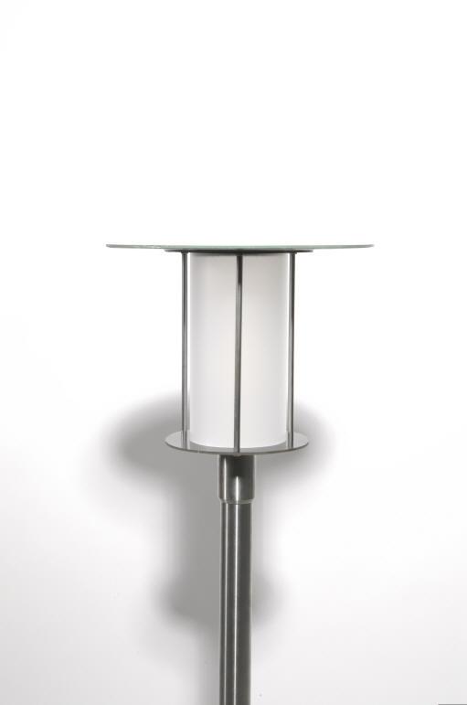 lampadaire solaire puissant de jardin silverstari. Black Bedroom Furniture Sets. Home Design Ideas