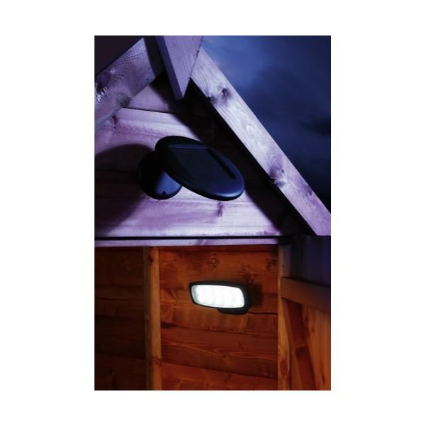 eclairage solaire pour cabanon t l command clairage solaire cabanons objetsolaire. Black Bedroom Furniture Sets. Home Design Ideas