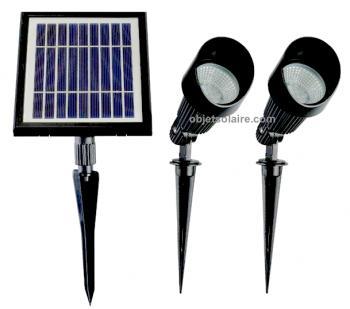 Spots solaires spot solaire puissant clairage solaire objetsolaire - Eclairage exterieur arbre ...