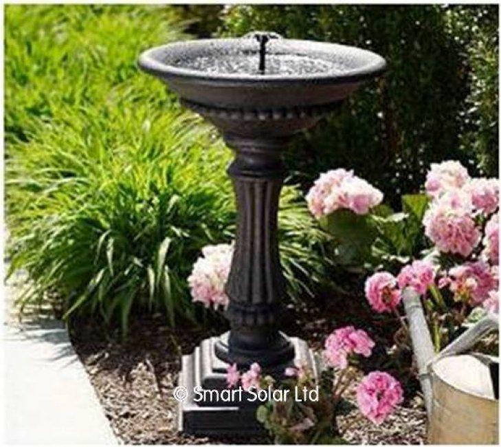 bain a oiseaux en fonte fontaine pour oiseaux animalerie. Black Bedroom Furniture Sets. Home Design Ideas