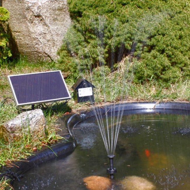 Pompe fontaine solaire de bassin batterie et led 250l for Pompe solaire fontaine