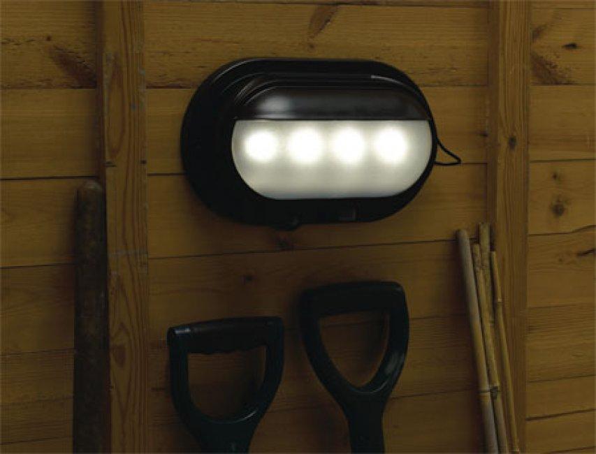 eclairage solaire pour cabanon 4w avec t l commande eclairage solaire objetsolaire. Black Bedroom Furniture Sets. Home Design Ideas