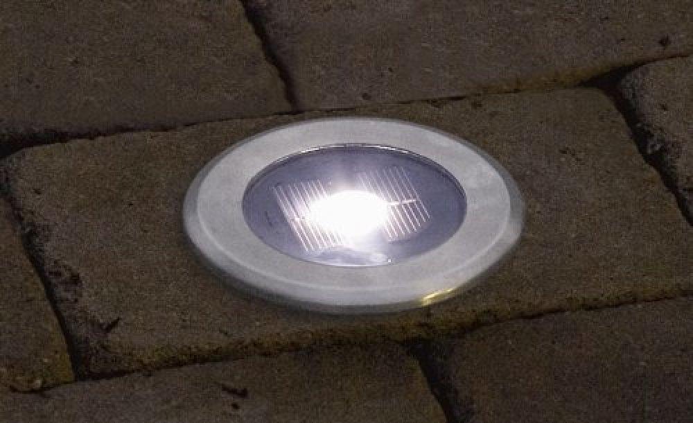 spot solaire encastrable 1 led intense 0 72w paves spots solaires objetsolaire. Black Bedroom Furniture Sets. Home Design Ideas