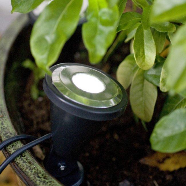 Spots solaires de jardin double eclairage spot solaire - Spot de jardin solaire ...