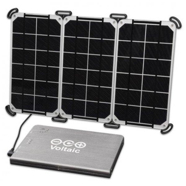 chargeur solaire ordinateur portable voltaic 10 watt chargeur solaire nomade objetsolaire. Black Bedroom Furniture Sets. Home Design Ideas