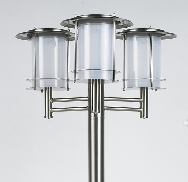 lampadaire solaire puissant inox 3 t tes bt eclairage solaire puissant objetsolaire. Black Bedroom Furniture Sets. Home Design Ideas