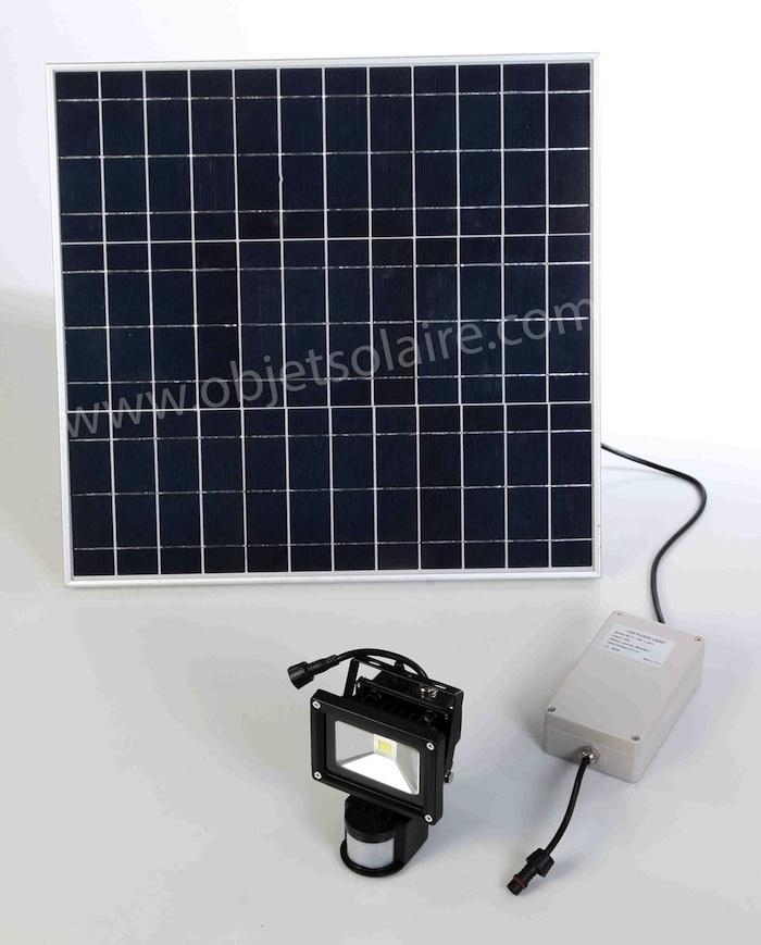 Projecteur Solaire Puissant 1000 Lumens Detecteur Autonomie Zs 110