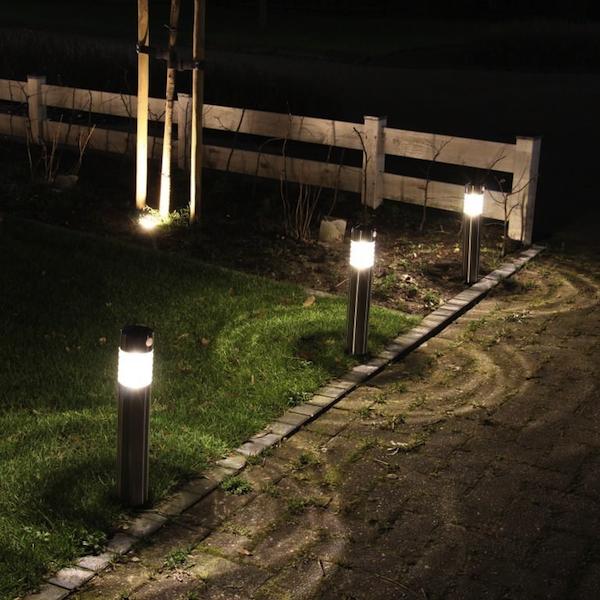 borne solaire inox d tecteur de mouvement 50 lumens amiens bornes balises solaires objetsolaire. Black Bedroom Furniture Sets. Home Design Ideas