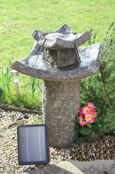 fontaine solaire bain d 39 oiseaux pierre fontaines solaires jardins objetsolaire. Black Bedroom Furniture Sets. Home Design Ideas