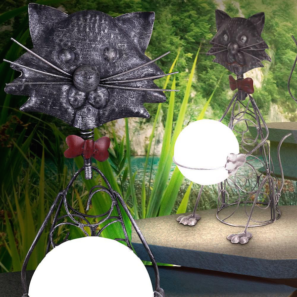 Chat solaire m tal boule animaux solaires lampe for Chat deco jardin