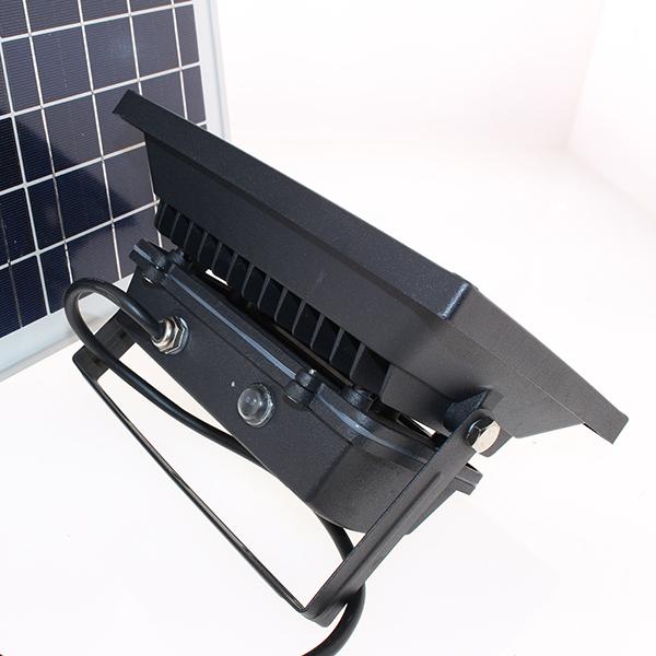 Projecteur Solaire Puissant Led 10 W 700 Lumens Timer Téle mande