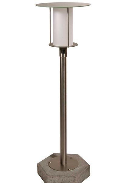 lampadaire solaire puissant de jardin silverstari eclairage solaire permanent objetsolaire. Black Bedroom Furniture Sets. Home Design Ideas