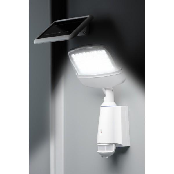 projecteur solaire puissant mate secure pro eclairage. Black Bedroom Furniture Sets. Home Design Ideas