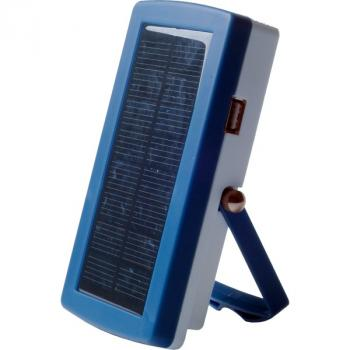Photo Chargeur Solaire 4 piles AA sortie Usb