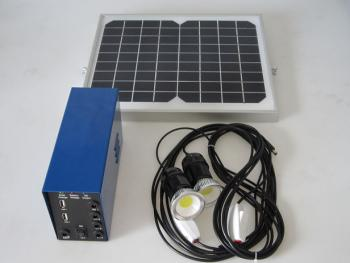 Kit d'Eclairage Solaire Chargeur Heit 10W/12V 2 lampes Led 3W