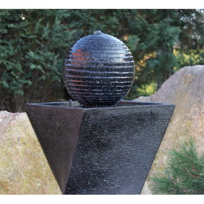 Fontaine Solaire Originale Boule Batteries et Led
