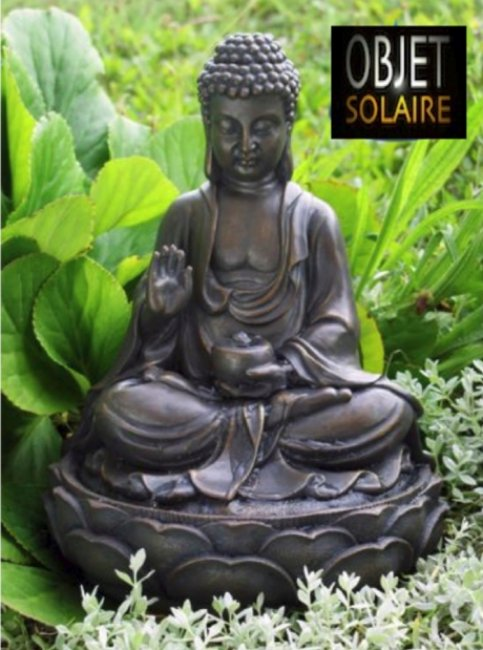 fontaine solaire bouddha fontaines solaires jardin objetsolaire. Black Bedroom Furniture Sets. Home Design Ideas