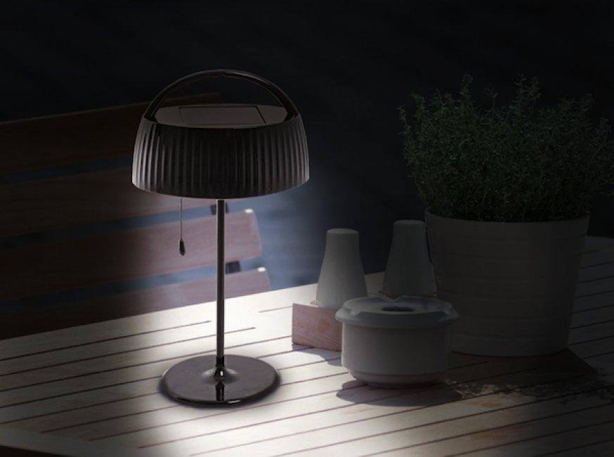 lampe solaire de bureau chevet solaire lampe solaire de table objetsolaire. Black Bedroom Furniture Sets. Home Design Ideas