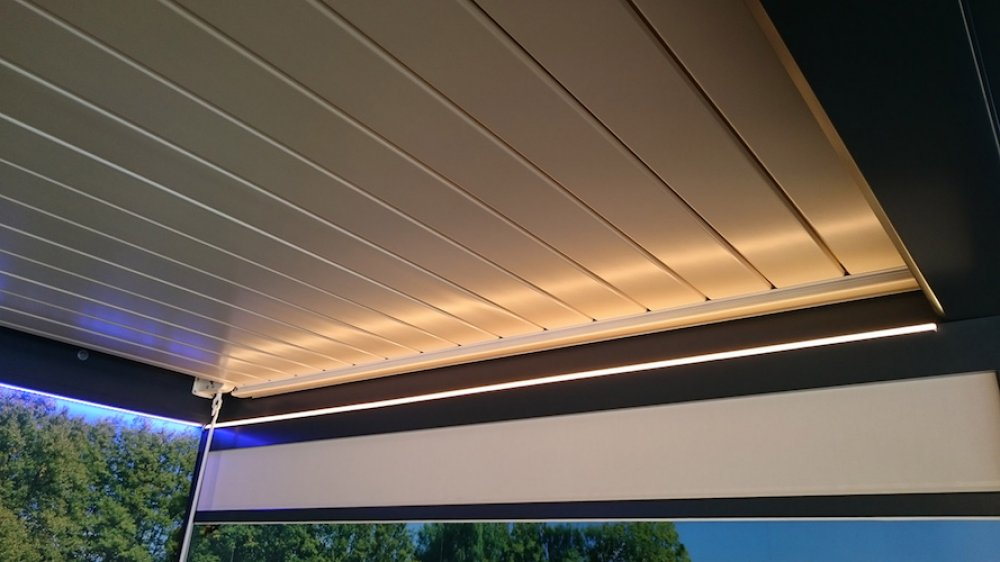 profil aluminium led ext rieur ip 65 pergola 3 m tres 1440 lumens objetsolaire. Black Bedroom Furniture Sets. Home Design Ideas