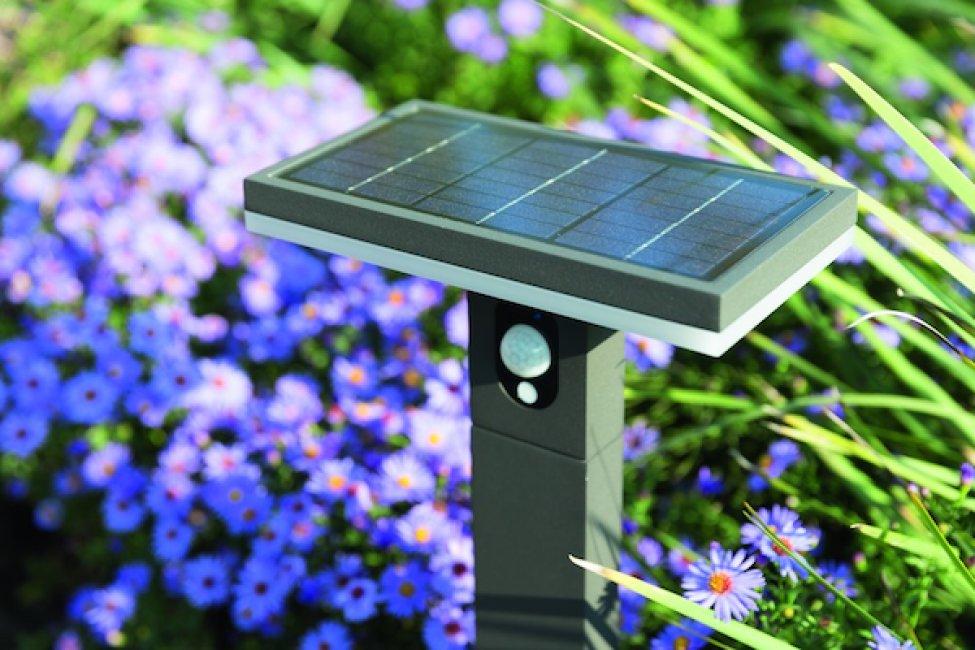 borne solaire puissante 210 lumens d tecteur aluminium arianne 1m borne solaire puissante. Black Bedroom Furniture Sets. Home Design Ideas