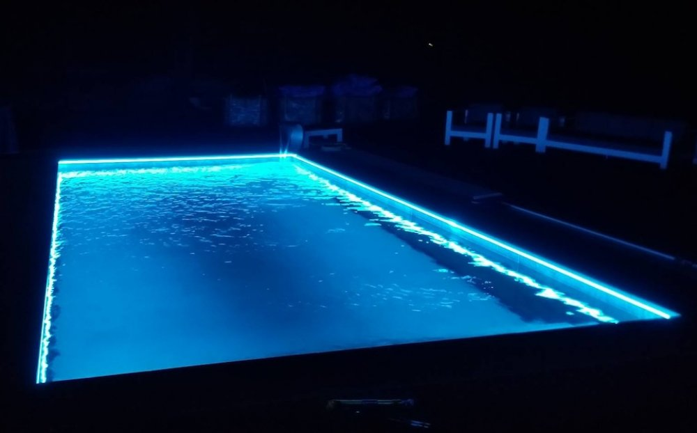 kit ruban led 30 m 232 tres piscine rgb ip68 eclairage led professionnel objetsolaire