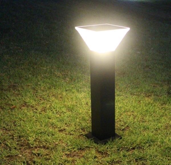 borne solaire puissante miami 280 lumens qualit eclairage solaire puissant objetsolaire. Black Bedroom Furniture Sets. Home Design Ideas